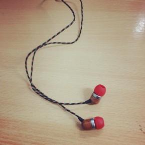 Kayleigh Reviews it All: House of Marley Smile Jamaica In-EarHeadphones